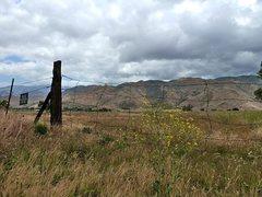 Rock Climbing Photo: San Jacinto foothills, Banning Pass