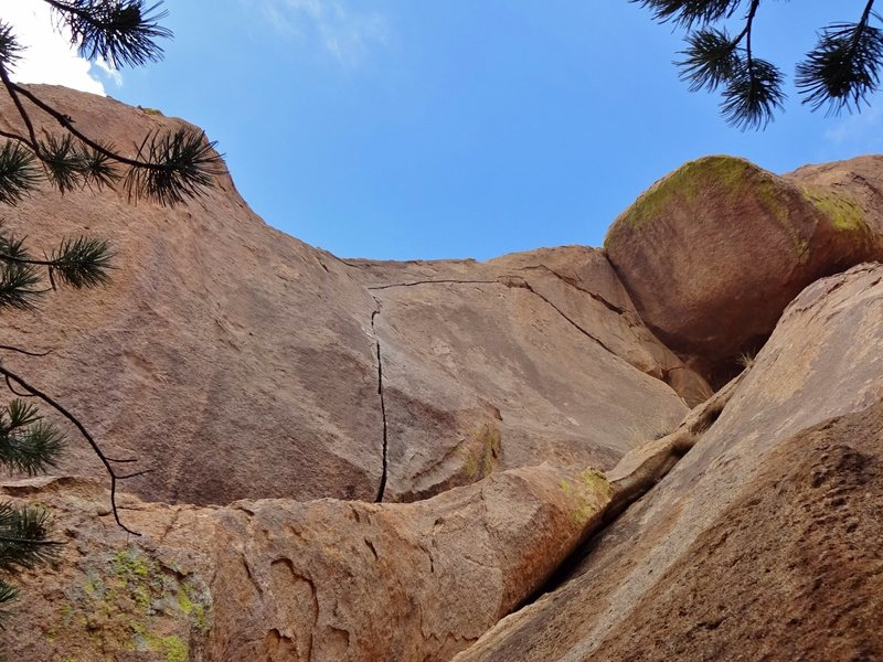 Rock Climbing Photo: splitter alert