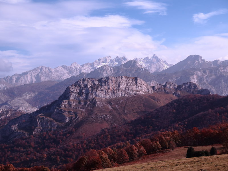 European peaks from redes park in fall