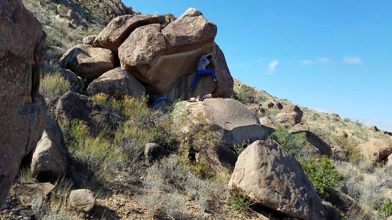 Rock Climbing Photo: Ross on Crowd Pleaser (V2)