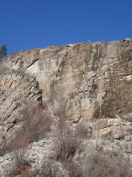 Rock Climbing Photo: Snake Pit Wall from the floor of the gravel pit.