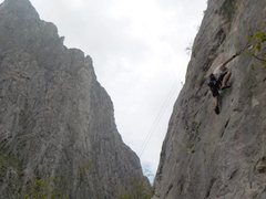 Rock Climbing Photo: Leading Caguama Queen. Thin, sustained climbing th...