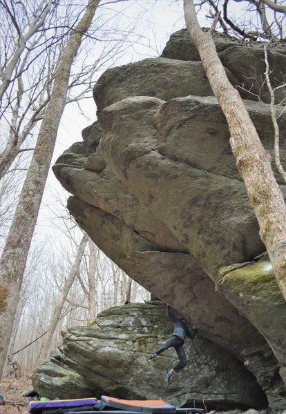 Rock Climbing Photo: Tyler Hoskinson swinging into Moonlight Sonata