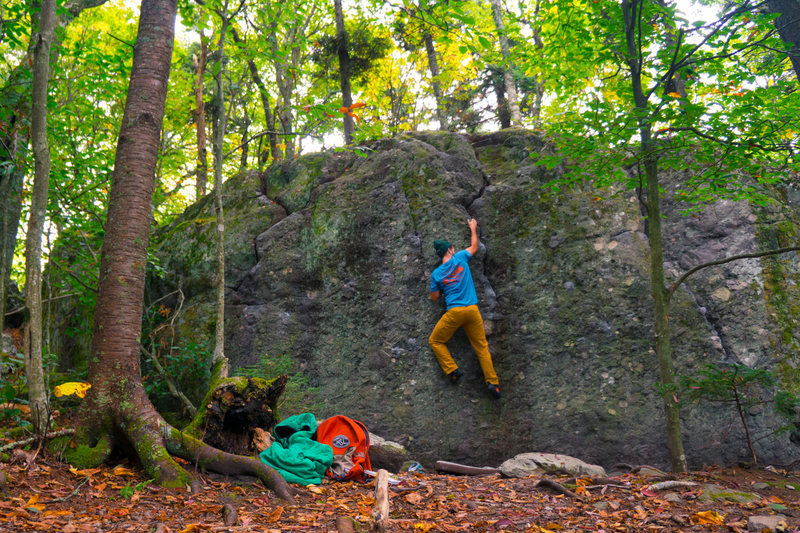 Rock Climbing Photo: A great bouldering wall for warming up on the Warm...
