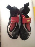 shoes <br />