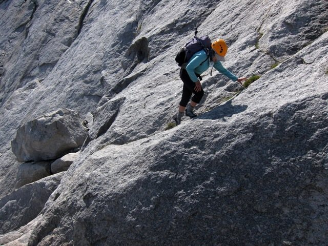 Rock Climbing Photo: Ledge approach to start of the Flat Iron classic B...