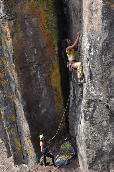 David Galindo starting Nadador. You can see how high the 1st bolt is, since hes still got a couple of feet to go in this pic before he reaches it.