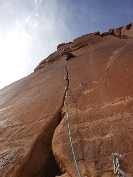 Kat up on lead on the way to onsight of the thin hands crux of Medicine Man (5.12a).