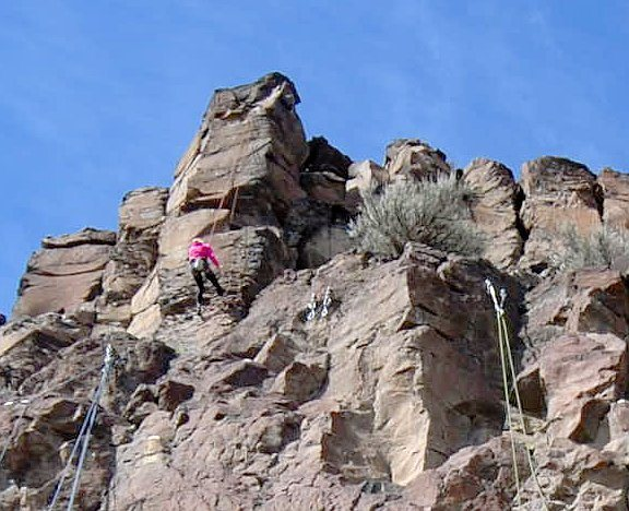 Climbers above the east end of Riverview Park (Frenchman Coulee, WA)