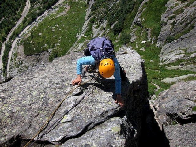 Rock Climbing Photo: Carol coming up towards the notch on the NE Ridge ...