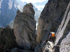 Rock Climbing Photo: Traversing past the notch on the NE Ridge of Spazz...