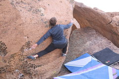 Rock Climbing Photo: Getting the toe-cam/ drop-knee in order to match t...