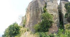 Rock Climbing Photo: L/R Two Face (Orange/black wall), Bat Chimney, Bat...