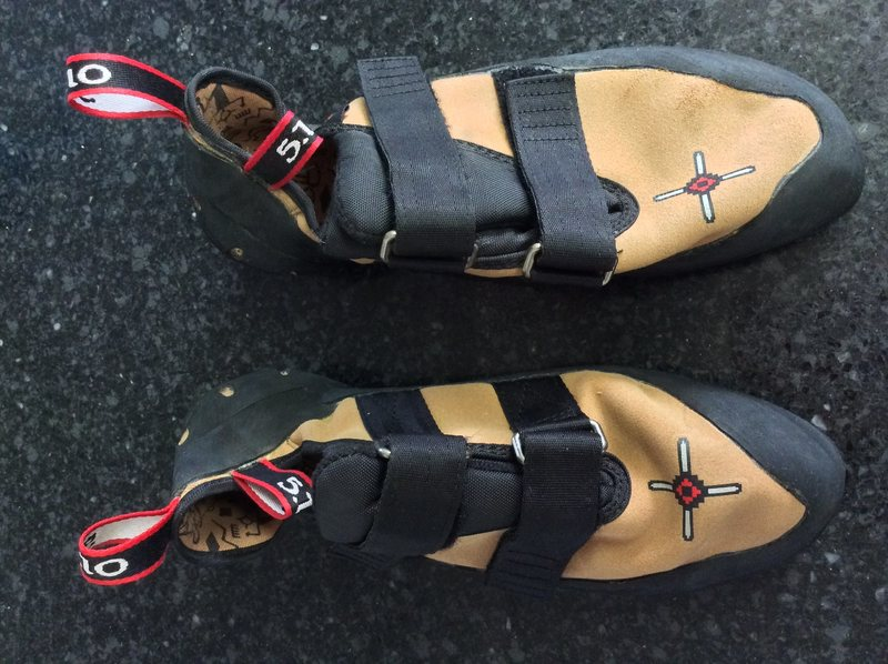 FS: FIVE TEN ANASAZI VCS (2017 model with C4) size 10 US (used only on 2 pitches) $100