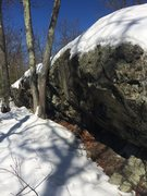 Rock Climbing Photo: Birch Pond P03 - a really small overhung wall. Sho...