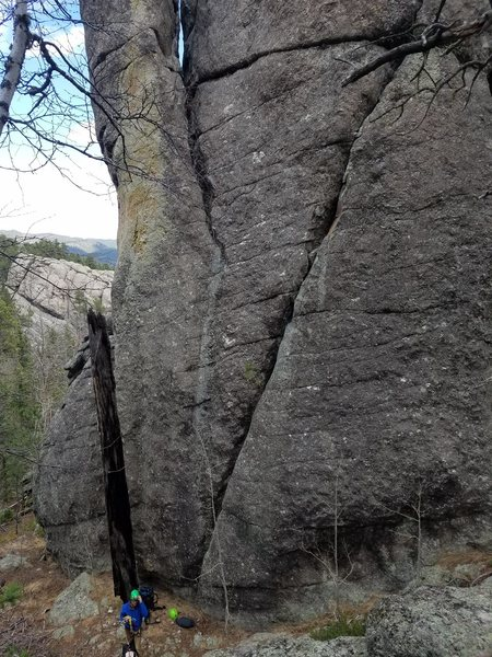 Rock Climbing Photo: The obvious angling crack.