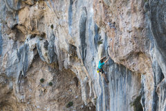 Rock Climbing Photo: Clipping the final bolt on this amazing climb. Pho...