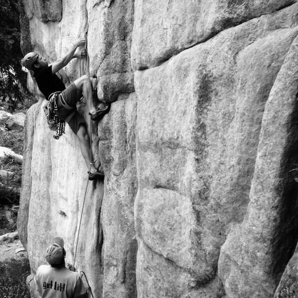 Entering the crux of Ain&@POUND@39@SEMICOLON@t No Picnic. Me climbing, T.Bow belaying, T. Gittins w/ the photo
