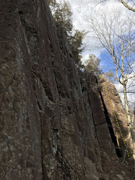 Larks' Tounges climbs the narrow wall on the left side of the chimney crack.