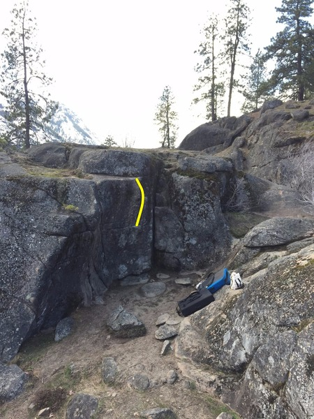 Rock Climbing Photo: The Amphitheater, Crank (left crack), and Winterbo...