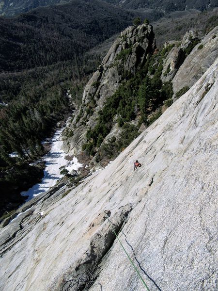 Rock Climbing Photo: V following P4 of Silver Lining IV 5.10aR