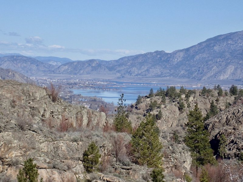 Looking north across Lake Osoyoos to BC from Bowsaw Ridge.
