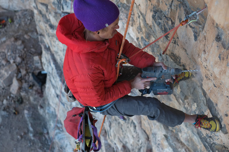Rock Climbing Photo: Scowling while drilling = better/faster bolt place...