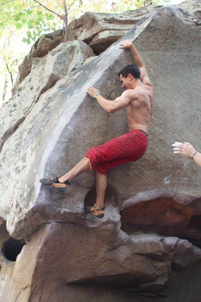 Sending (the Wave V6)<br> keep the core tight until you pass the crux.