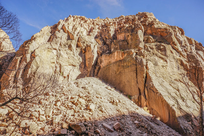 Rock Climbing Photo: Upper Elbow Room on the left. Middle Elbow Room on...