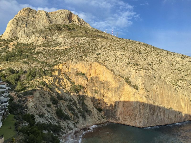 Rock Climbing Photo: Sierra de Toix: Upper Cliff:  Toix Oeste far left,...