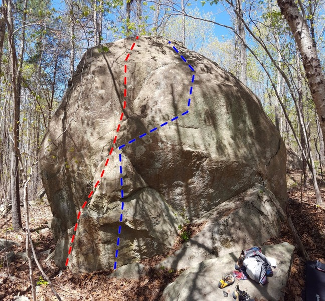 Rock Climbing Photo: The east face of the main boulder showing Tooth Cr...