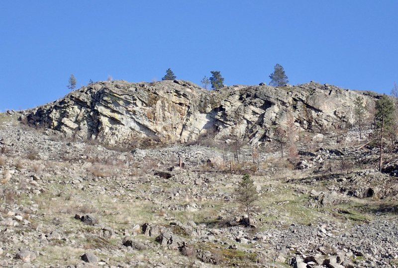 Rock Climbing Photo: Upper West Face - South Side