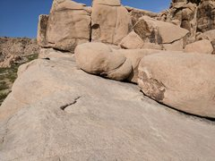 Rock Climbing Photo: Natural rock anchors for top rope above short wall...