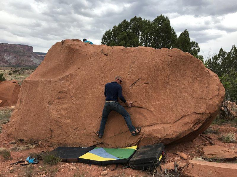 Rock Climbing Photo: The start of Sub-Pope.