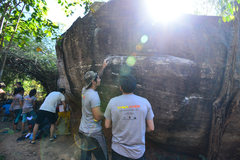 Rock Climbing Photo:  The start of Hanging Nest V2