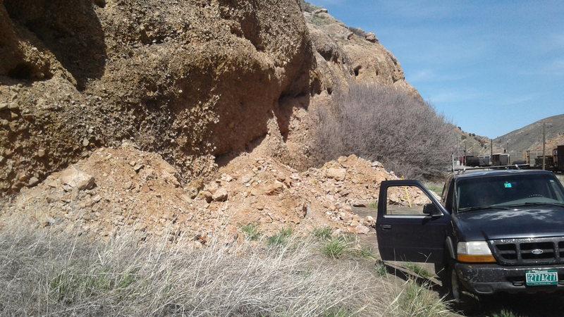Rock Climbing Photo: Roadside Crag