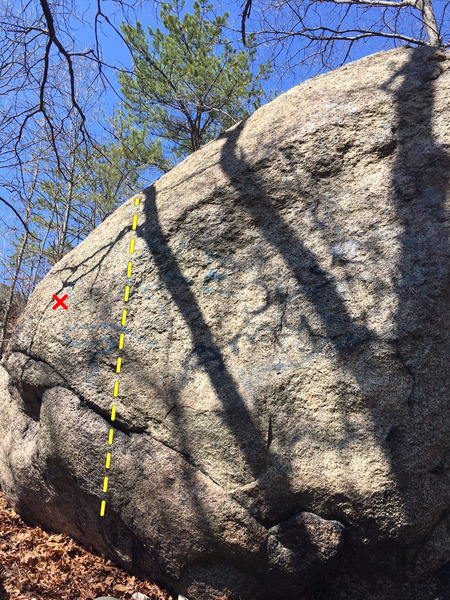 Rock Climbing Photo: Fly on the Wall goes up through this indent in the...