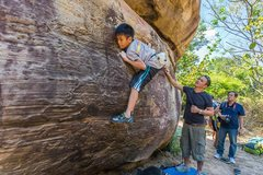 Rock Climbing Photo: Tree Line V3, Long Boulder