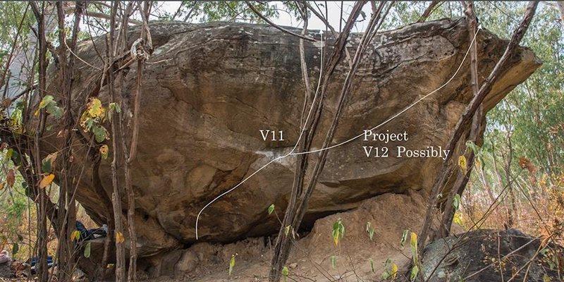 Rock Climbing Photo: V11 and V12 at treasure boulder