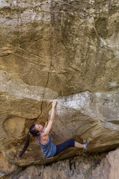 Rock Climbing Photo: LiTing from SG on Middle Path V11