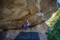 Rock Climbing Photo: Middle Path V11