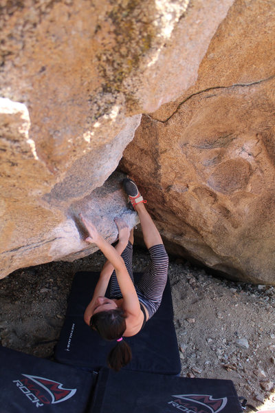 Rock Climbing Photo: Cave Problem