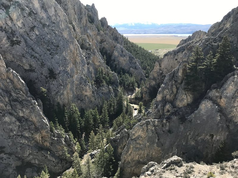 Looking West towards Canyon Ferry lake from the top of Africa Wall. The buttresses in here are huge.
