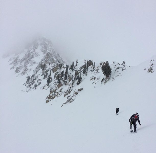 Approaching the couloir for the North Ridge.<br> PC: Dallin Connell
