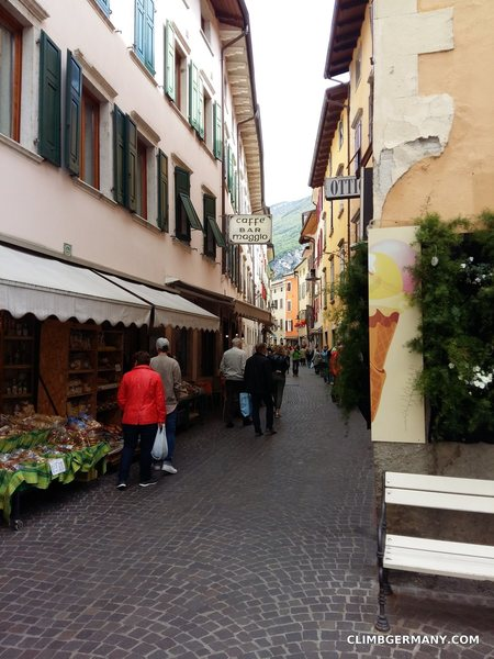 Rock Climbing Photo: The winding streets house loads of climbinhg shops...