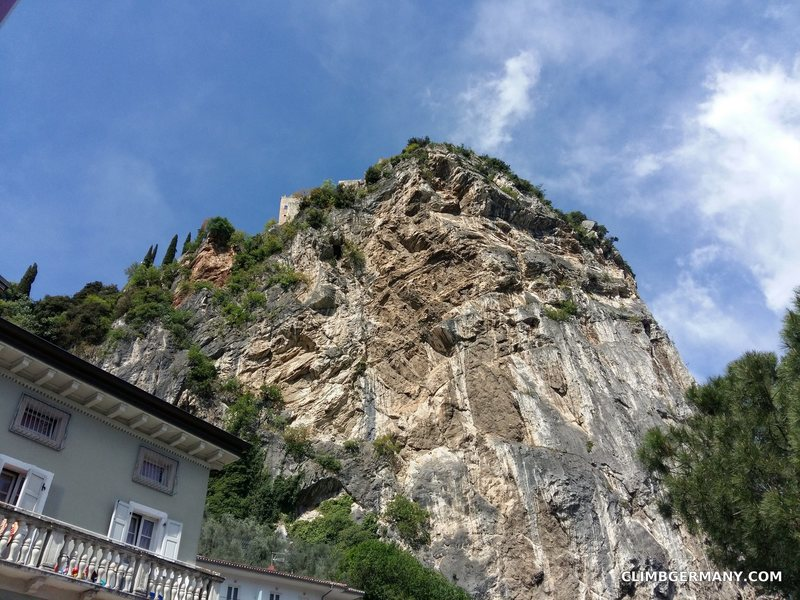 Arco's castle and a taste of the limestone walls!