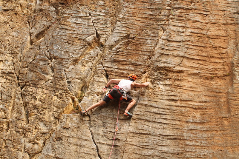 Nick Smith approaching the crux on the stylish route.