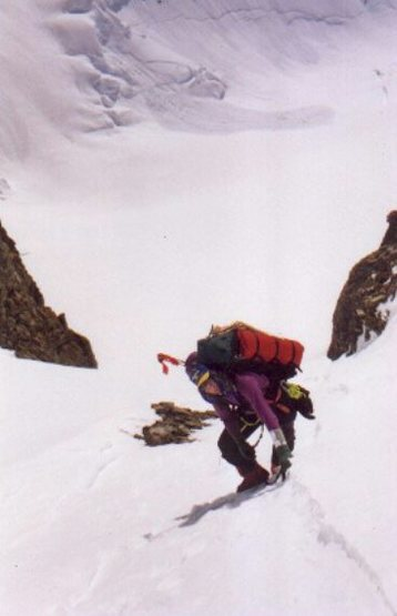 Bobby Dery ascending up to Hayden Col