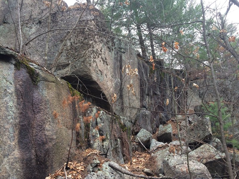 Rock Climbing Photo: The Junkyard - Weetamoo 09 (W09).