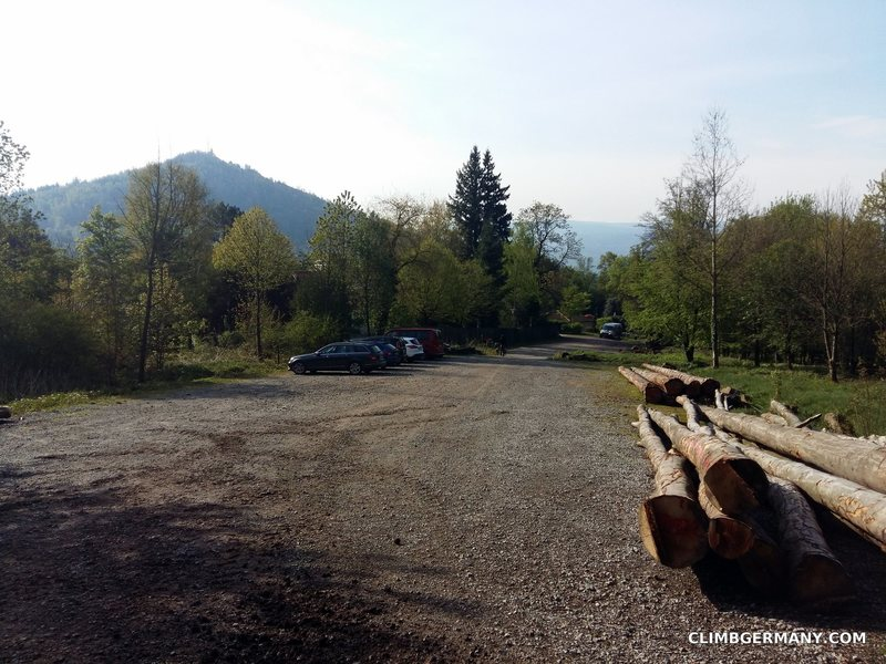 Rock Climbing Photo: The Ebersteinburg parking lot. Watch for the big f...